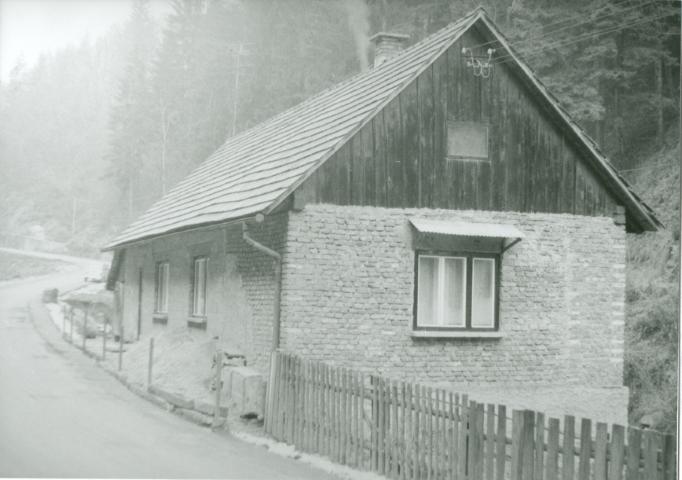 2481 Nekdanja izklicevalnica ob vhodu v Franciscus 1983 (Small)
