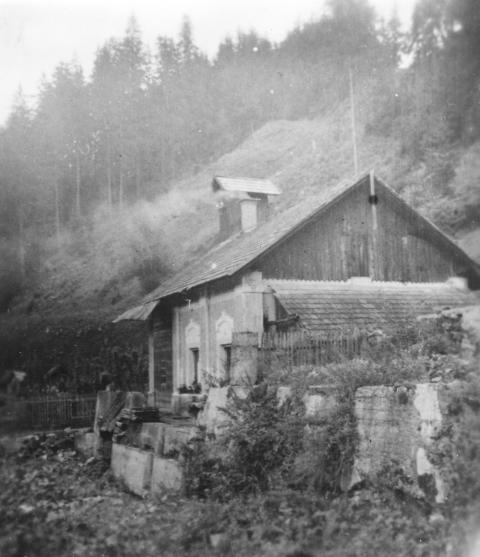 714 Nekldanja pralnica leskega premoga na Prevaljah (Small)